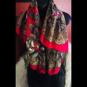Kyhuebo scarf